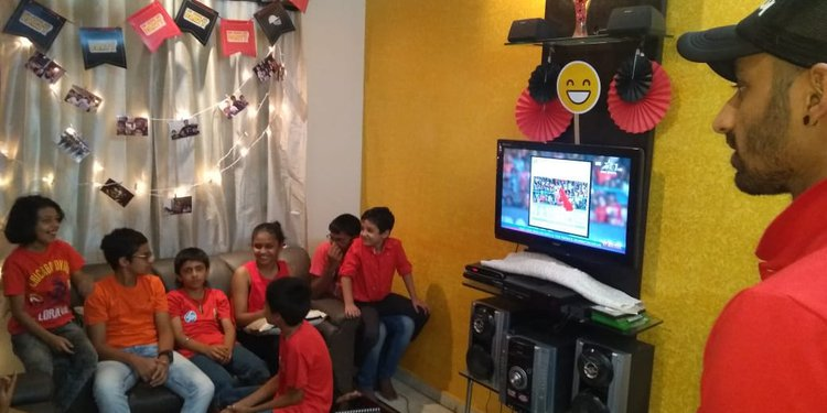 Guests having fun at the RCB Junior fan party
