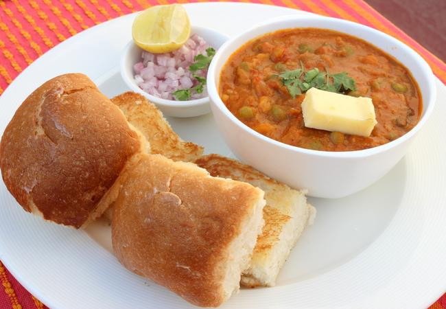 Cheesy Pav Bhaji Magic